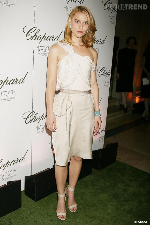 Claire Danes a une beauté naturelle qui rattrappe ses fashion faux pas.