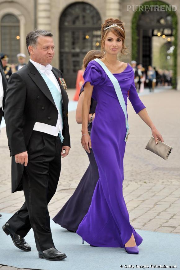 La reine Rania de Jordanie absolument sublime dans une robe Armani Privé.