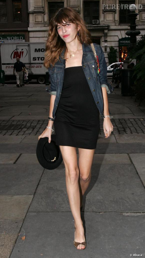 Petite robe noire veste en jean