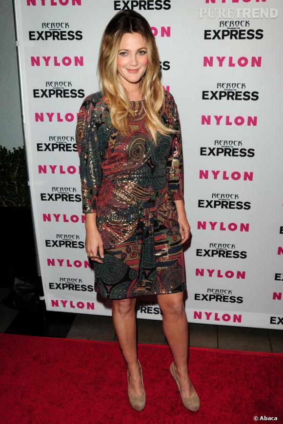 Même avec une robe très originale, l'actrice est sublime.