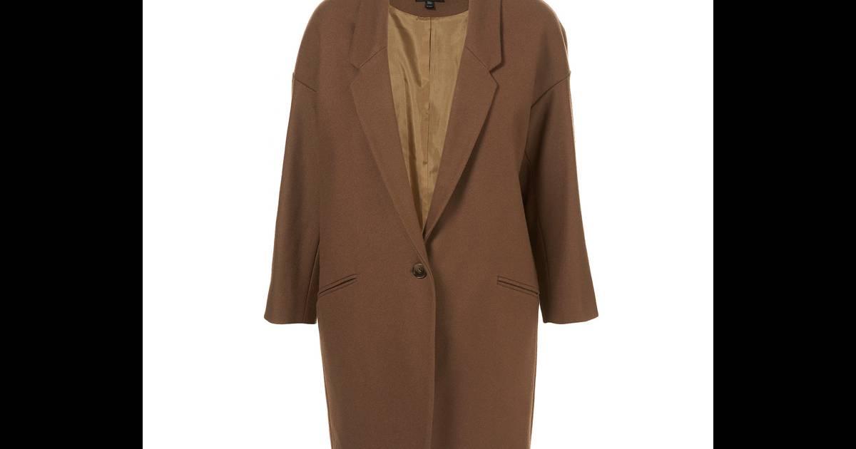 un manteau d 39 homme camel ou marron clair le manteau d 39 homme ajust remplacera la doudoune le. Black Bedroom Furniture Sets. Home Design Ideas