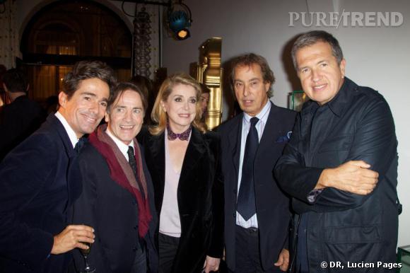 Vincent Darré, Marcial Berro, Catherine Deneuve, Gilles Dufour et Mario Testino à la Maison Darré.