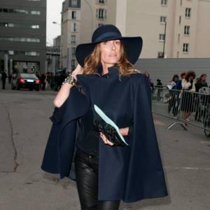 Le tregging - A la rue ! Pour s'imposer en front row, Mademoiselle Agnès fond pour le tregging et à la longueur 3/4.