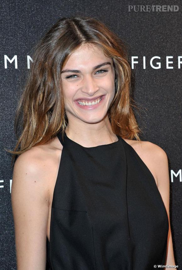 Elisa Sednaoui à l'ouverture de la boutique Tommy Hilfiger sur les Champs-Elysées.