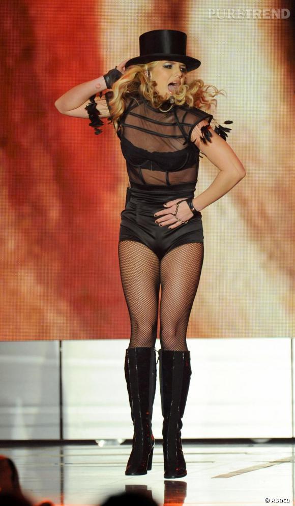 Pour les Bambi Awards 2008, la chanteuse s'affiche dans une tenue très cabaret, librement inspirée d'une tenue de scène de Madonna.