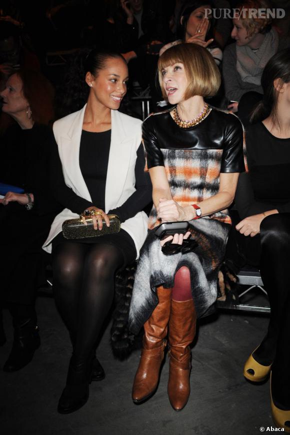 Alicia Keys monte en grade en copinant avec Anna Wintour, redactrice en chef du  Vogue  US, au show Alexander Wang.