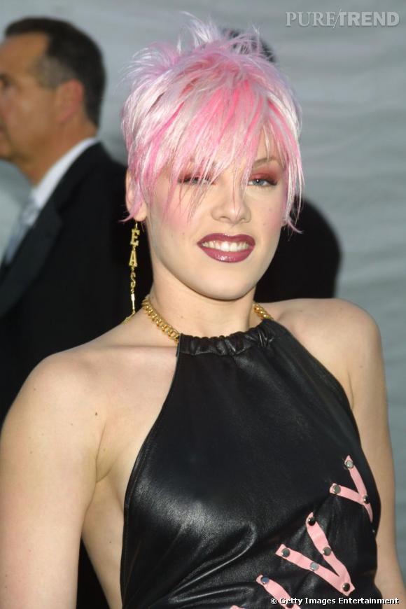 Pink, comme son nom l indique, assume depuis ses débuts un rose très ... 709cbafff178
