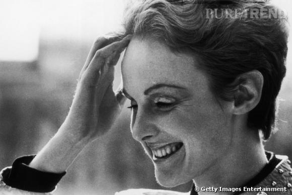 Grace Coddington : son évolution coiffure Une coupe garçonne à la Jean Seberg qui n'enlève rien à sa féminité