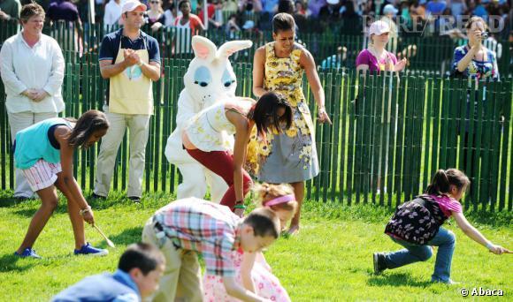 Michelle Obama est une pro de la chasse aux oeufs.