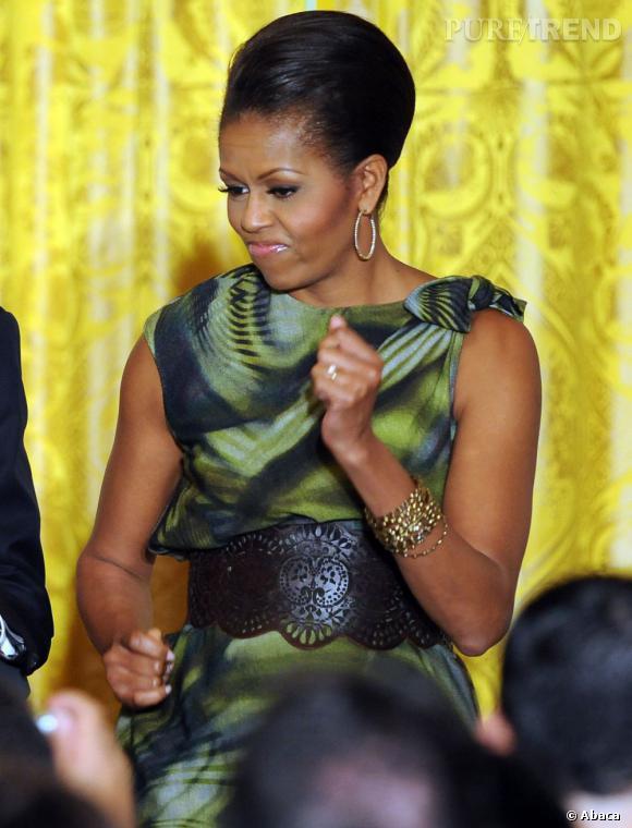 """La First Lady maîtrise """"l'air batterie""""."""