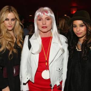 Debbie Harry entourée de Riley et Zoë Kravitz.