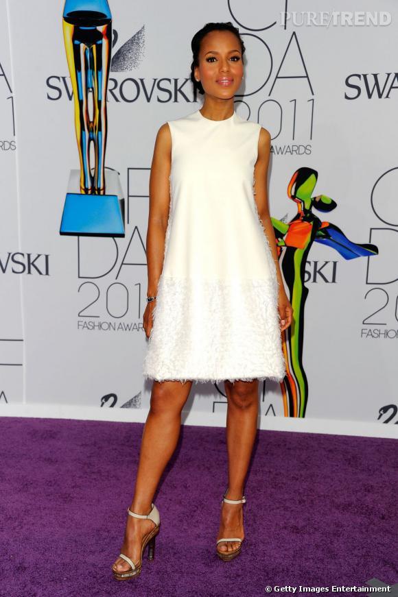Kerry Washington illumine le tapis pourpre des CFDA dans sa robe Calvin Klein.
