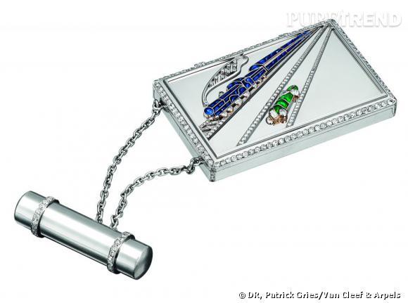 Boîte Train Bleu, 1931       Platine, or blanc, saphirs, émeraudes, et diamants.   Collection Van Cleef & Arpels