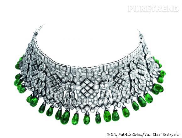 Bracelet/collier ayant appartenu à Daisy Fellowes, 1926 et 1928       Platine, émeraudes et diamants.   Collection California