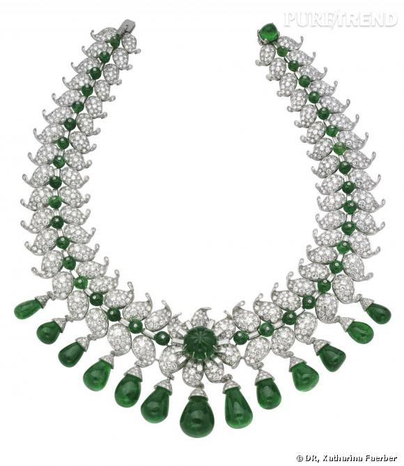 Collier hindou ayant appartenu à Maharani de Baroda, 1950.        Diamants, émeraudes, platine.   Collection Van Cleef & Arpels