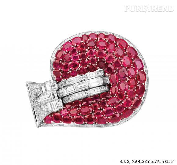 Bracelet Jarretière ayant appartenu à Marlene Dietrich, 1937       Diamants, rubis, et platine.   Collection privée, New York.