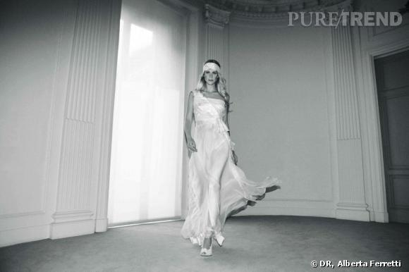 Collection de robes de mariée Forever d'Alberta Ferretti.   Nicole
