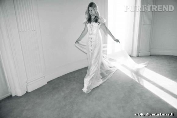 Collection de robes de mariée Forever d'Alberta Ferretti.   Isabelle