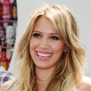 ... Hilary Duff l'a bien compris, et pour percer dans le métier, elle s'est fait un petit détartrage... Et a même allongé ses dents.