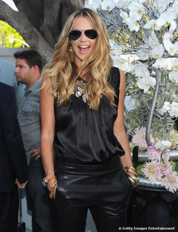 Elle Macpherson au TCA Summer Press Tour 2011 à Los Angeles.