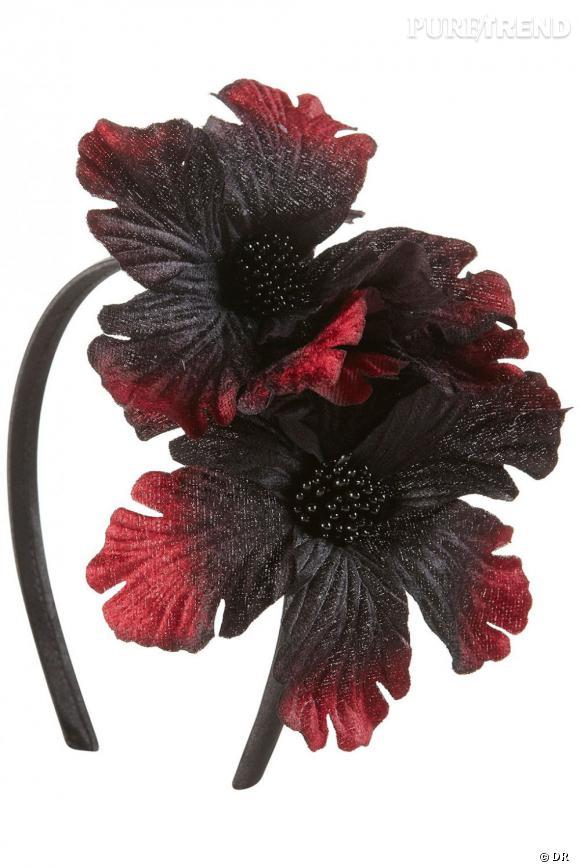 Orchidée noire pour un hommage Gothique à la Vierge de Guadalupe.    Prix :  5 euros    Où :  Topshop