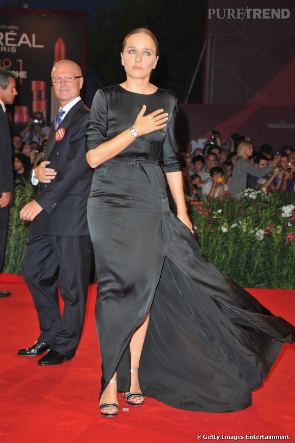 L'actrice napolitaine Valeria Golino, tout en élégance.