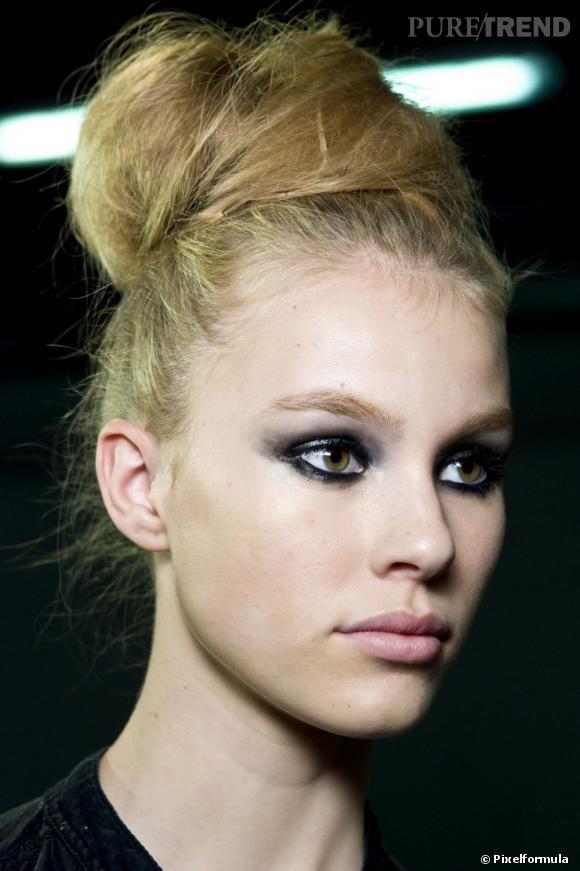 Chignon boule : mode d'emploi de la coiffure des it-girls.
