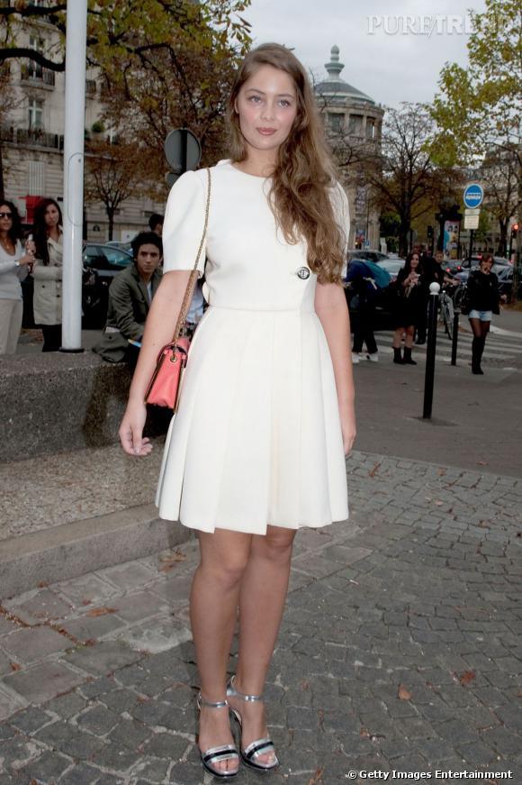 Marie-Ange Casta, la révélation de cette Fashion Week, s'est fait remarquer chez Miu Miu.