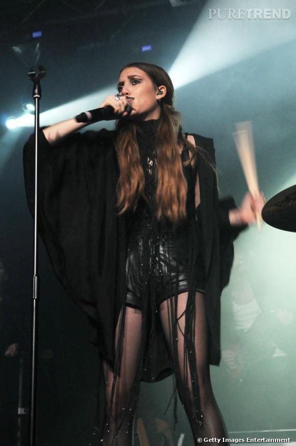 """Il n'aura pas fallu longtemps à la chanteuse Lykke Li, Timotej Zachrisson de son vrai nom, pour exporter son folk en dehors de sa Suède natale. En 2009, elle participe à la B.O de la saga Twilight et en 2011 c'est au tour de Glee de s'emparer d'une de ses chansons """"I Follow Rivers"""". Plus récemment, la jeune femme s'est offert un joli succès lors du Festival Rock en Seine."""