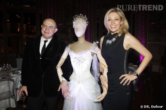 """Christian Lacroix et Nadja Swarovski autour d'un costume réalisé par le couturier avec Swarovski pour le ballet """"La Source"""" à l'Opéra National de Paris."""