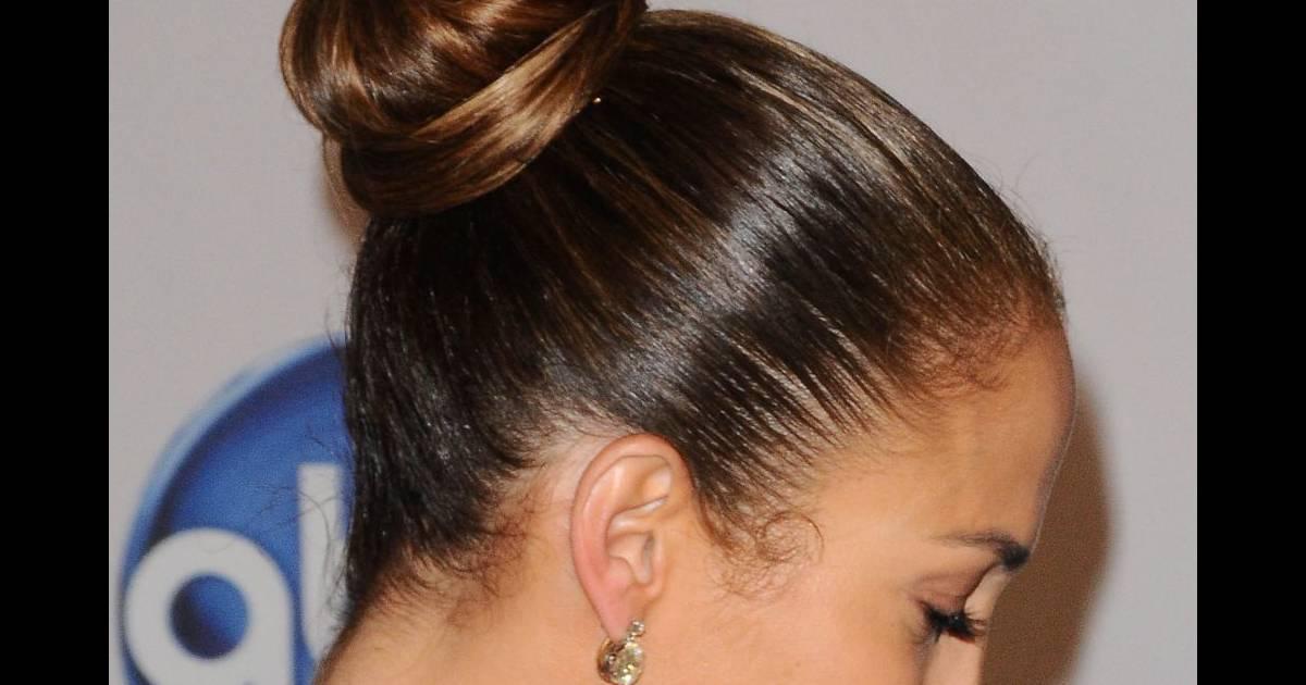 Le chignon de danseuse la coiffure parfaite pour que tous for Se portent pour saluer