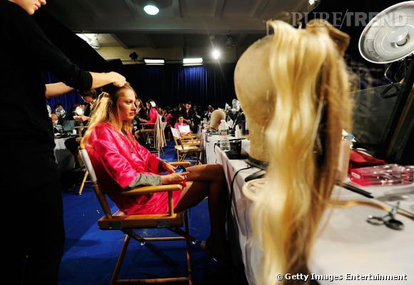 Les tricheries du défilé Victoria's Secret     Tous les Anges du défilé ont droit à une armada de rajouts de cheveux pour donner cet effet de naïade.