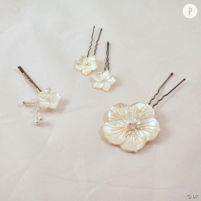 must have les bijoux de cheveux pour chignon de mari e pics de chignon nacre paulette. Black Bedroom Furniture Sets. Home Design Ideas