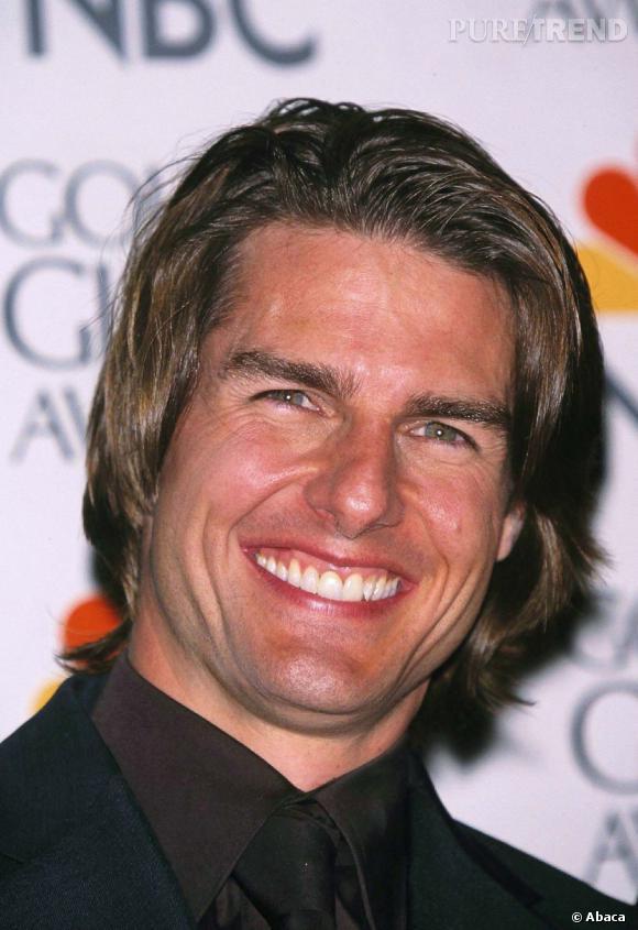 """Le flop """"sourire"""" :  un peu niais, le sourire forcé ne réussit pas à l'acteur."""