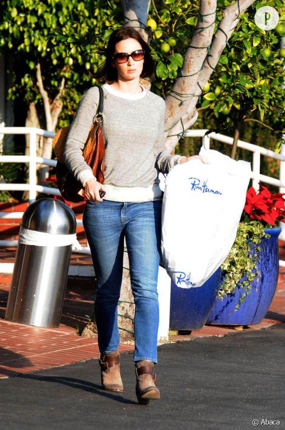 Emily Blunt dans les rues de Los Angeles.