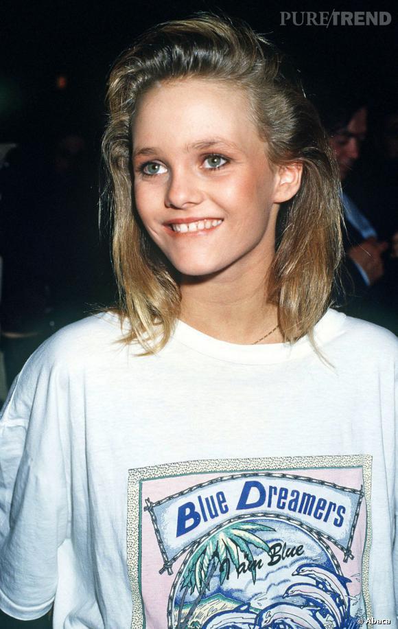 Aux 7 d'or en 1986, Vanessa Paradis opte pour un carré long qui convient parfaitement à ses 14 ans.
