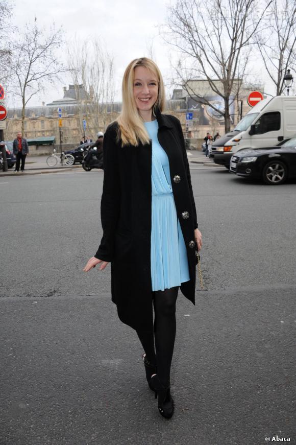 Ludivine Sagnier chic et romantique pour assister au défilé Versace.