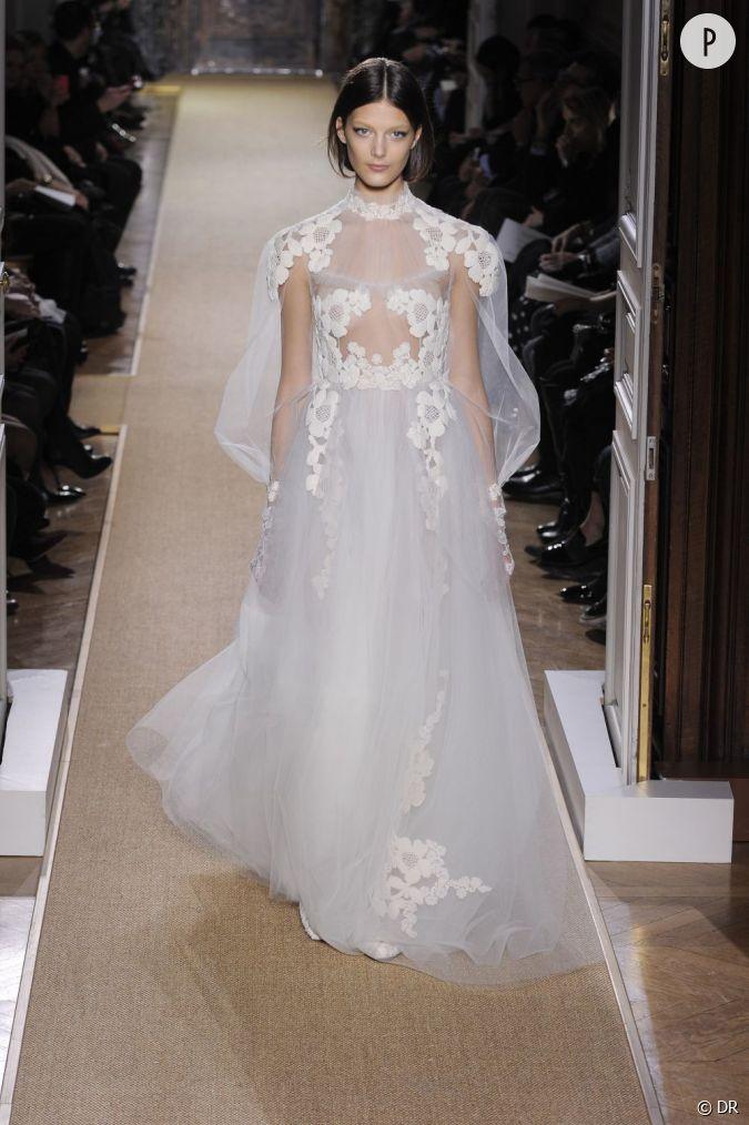 je veux une robe de mari e haute couture valentino printemps et 2012 copier le jeu de. Black Bedroom Furniture Sets. Home Design Ideas