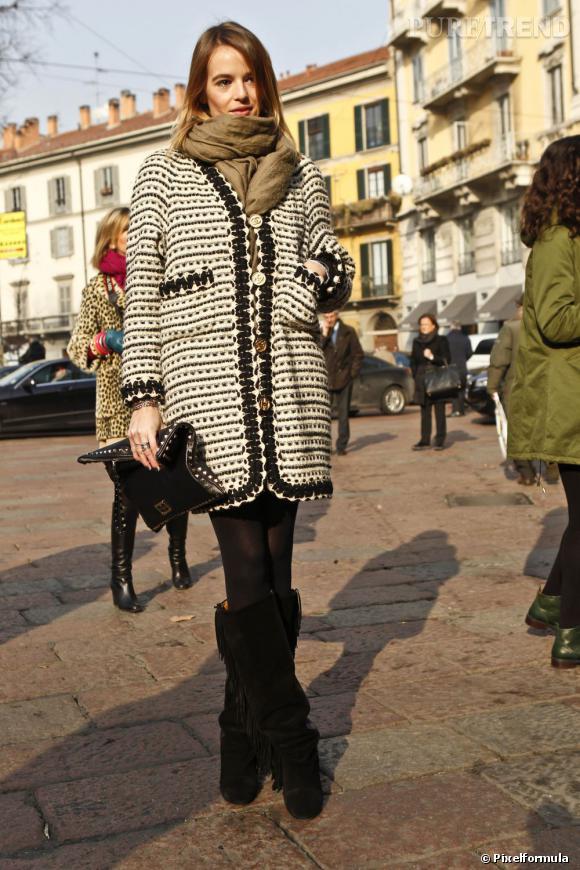 La veste en maille tricotée c'est bien, surtout lorsqu'elle est signée Chanel façon veste en tweed.
