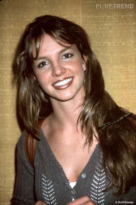 Fausse !  Britney est en réalité châtain.