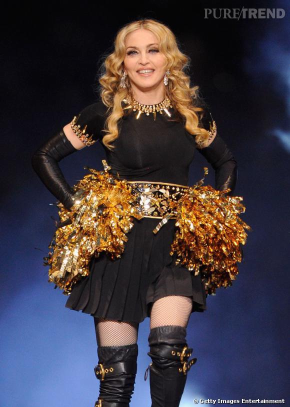 Madonna sur scène à l'occasion du Super Bowl 2012