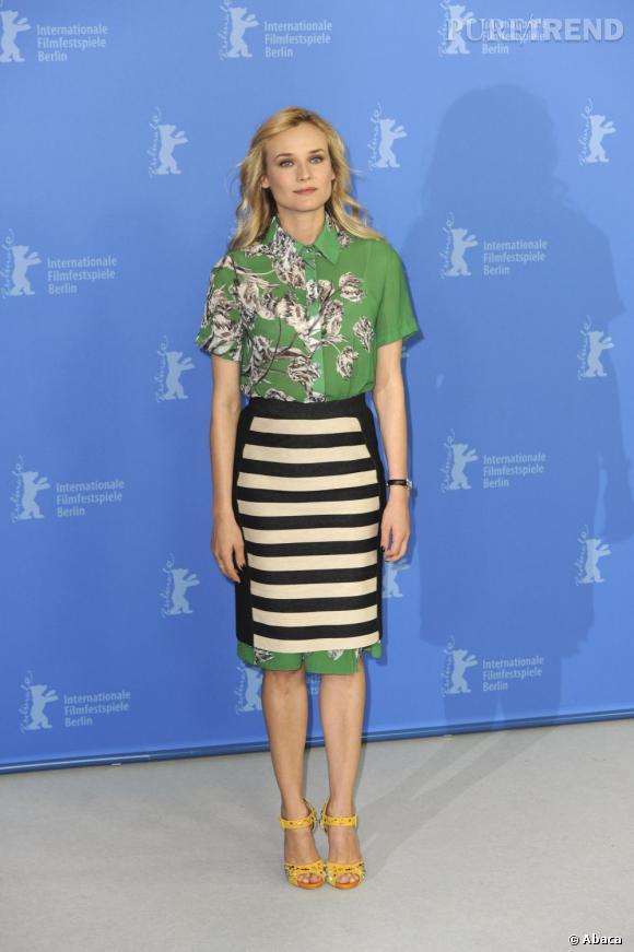 """Diane Kruger porte une robe signée 10 Crosby Derek Lam pour le photocall du film """"Les Adieux à la reine"""" à Berlin."""