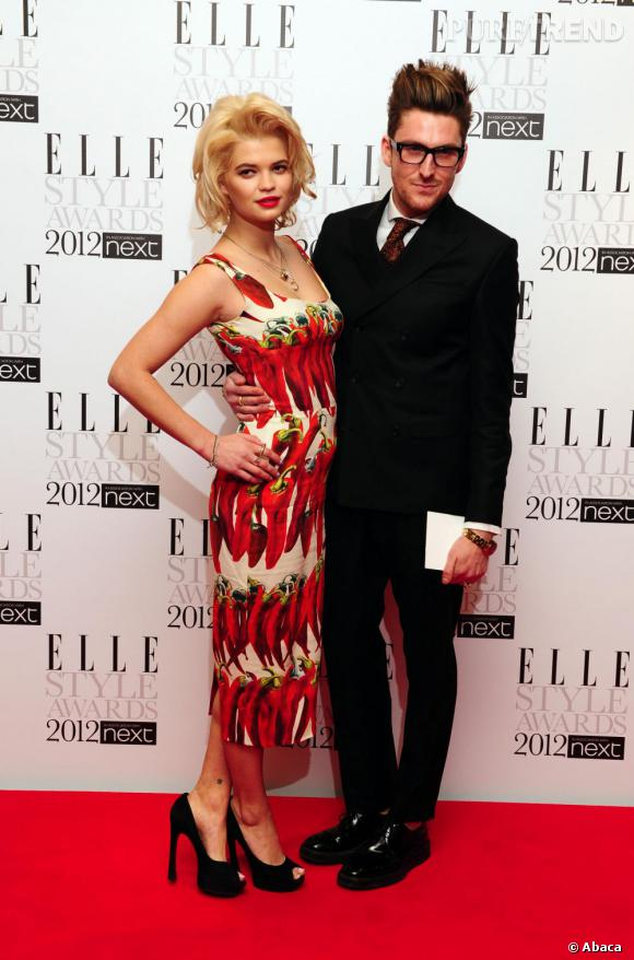 Pixie Geldof en Dolce & Gabbana et le créateur Henry Holland.