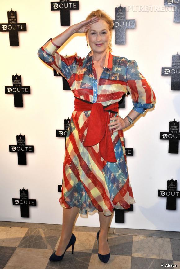 """La pire robe de red carpet : un peu trop patriotique, un peu """"too much""""..."""