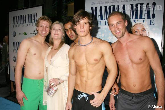 La rencontre la plus cheap : Meryl Streep entourée d'hommes torses nus ... Oui, et alors ?