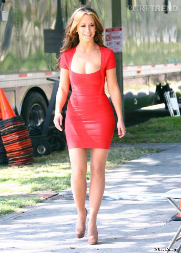 """Jennifer Love Hewitt incarne une prostituée sur le tournage de """"The Client List"""". Ceci explique cela ?"""