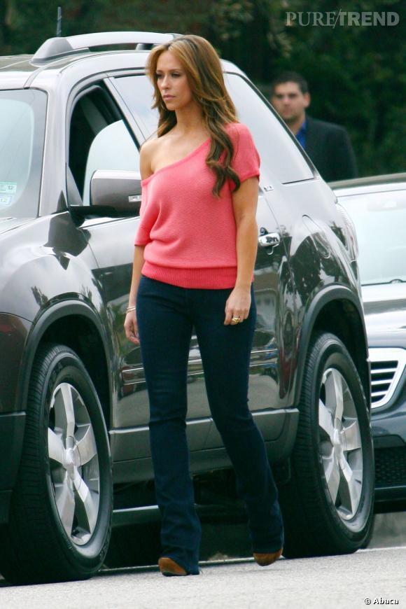 """Jennifer Love Hewitt sur le tournage de sa nouvelle série """"The Client List"""" à Hollywood."""