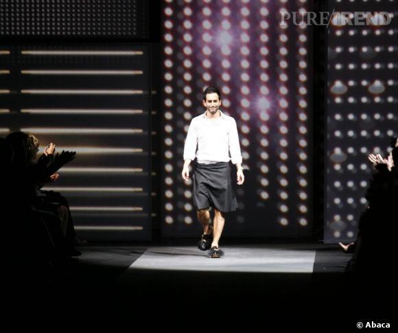 En 2009 :  La jupe est encore d'actualité mais plus sobre.