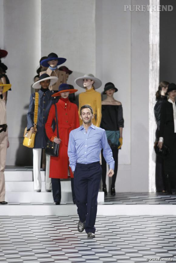 En 2007 :  Marc Jacobs joue l'élégance et la sobriété.