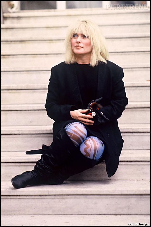 La couleur de cheveux de Debbie Harry est tellement iconique que le groupe dont elle est leadeuse s'appelle Blondie.